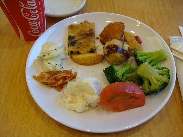 0807314-晚餐是韓國燒烤buffet.JPG