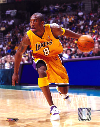kobe_bryant_03_04_action_photofile.jpg