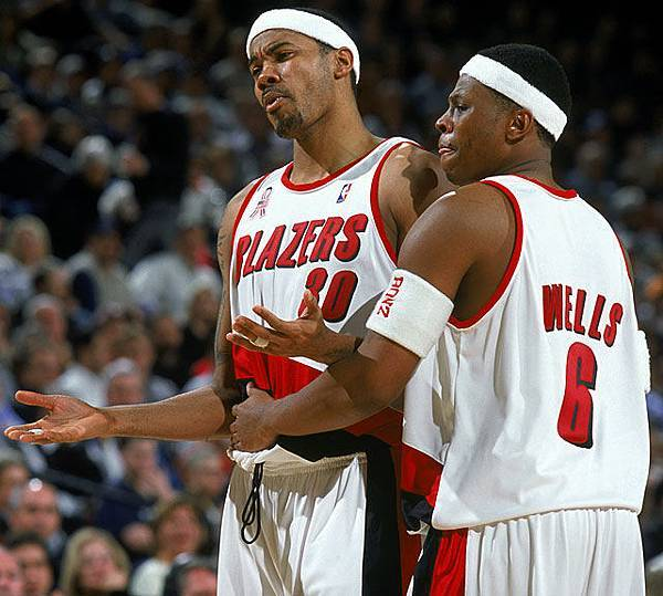 2001-02-rasheed-wallace-bonzi-wells