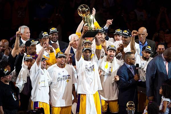 Kobe-Bryant-NBA-Champion