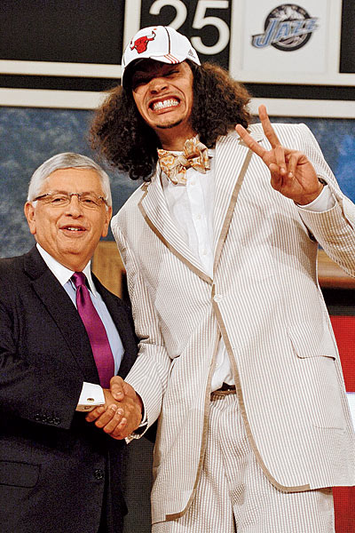19826-C201011-Joakim-Noah-draft-night