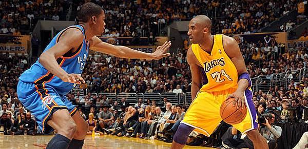 NBA-Kevin-Durant-Kobe-Bryant-PI_20100802141009_660_3202