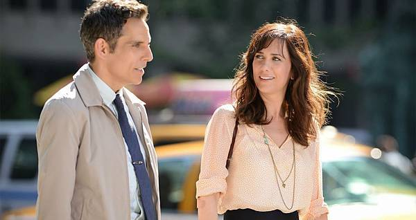 Secret_Life_of_Walter_Mitty-Ben_Stiller-Kristen_Wiig-001