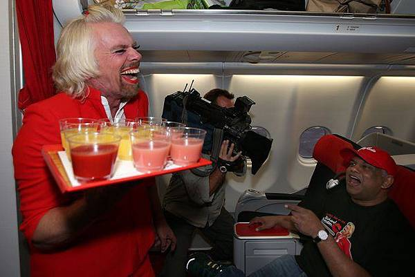 richard_branson_stewardess02