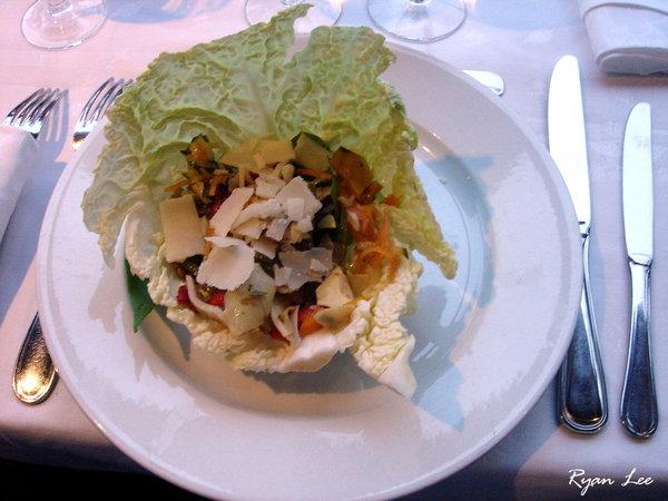 前菜-法國巴黎塞納河遊船上