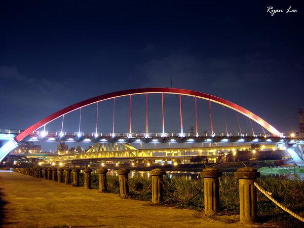 彩虹橋跟麥帥橋