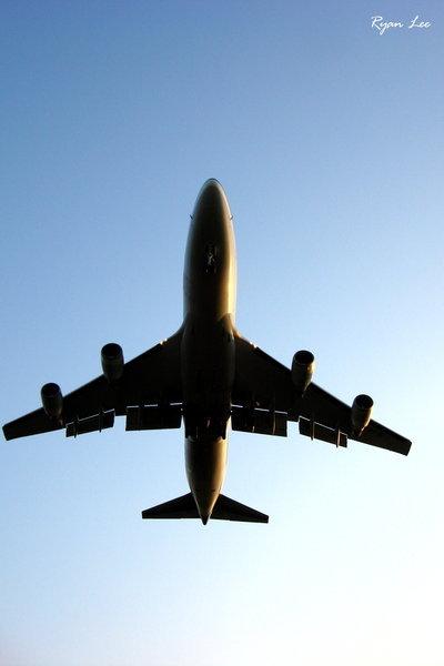 波音-747