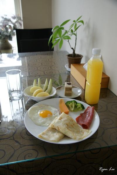 月牙泉早餐