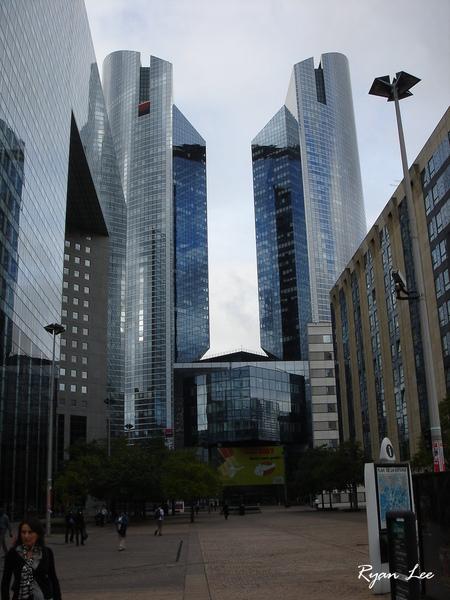 巴黎的大樓