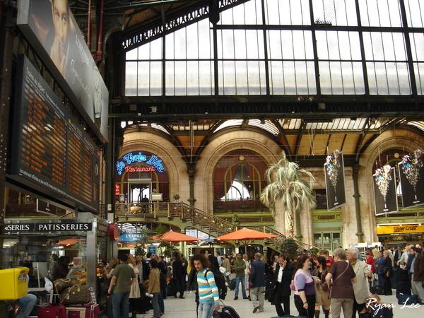 里昂車站內