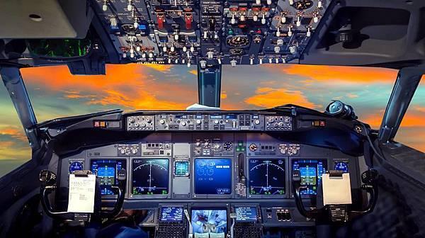 401-米翔737模擬飛行體驗.jpg