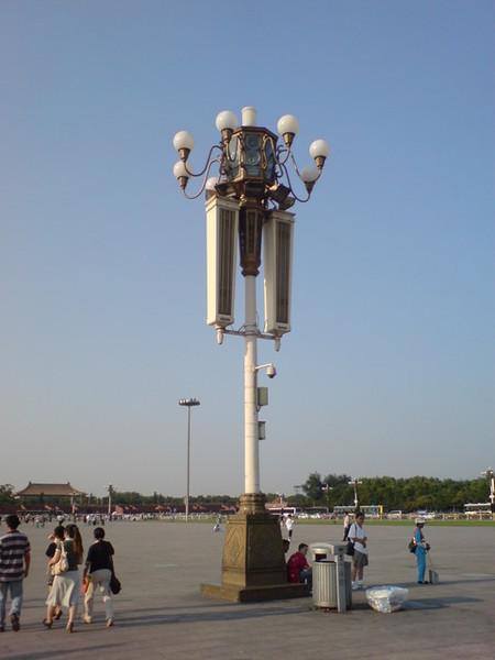320萬人民幣的路燈?