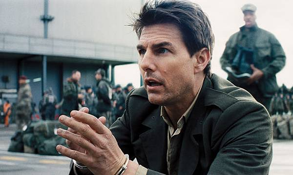 edge-of-tomorrow-tom-cruise-636-380.jpg