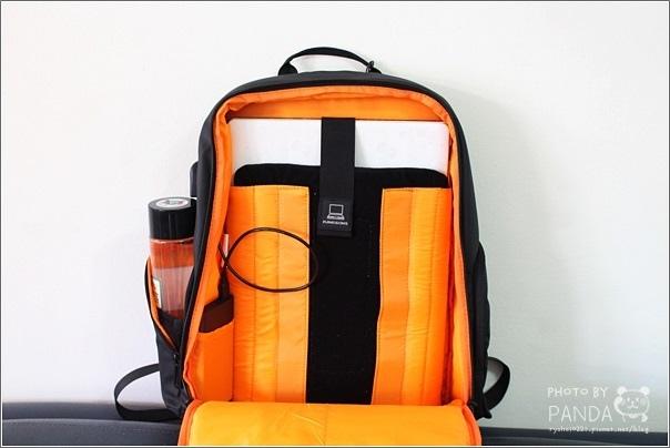 UTmall 防盜USB充電背包 (3)