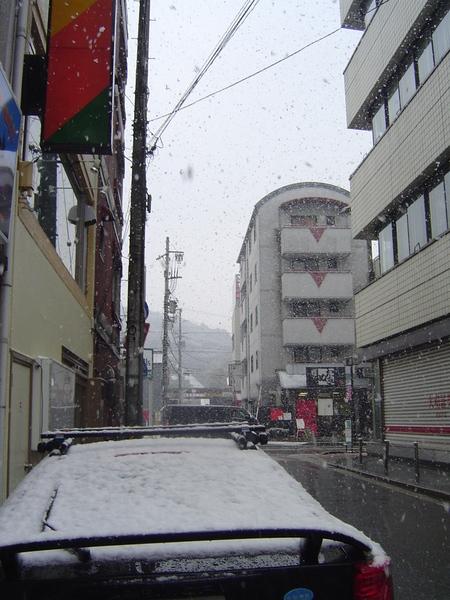 剛開始下!飄雪一個半小時