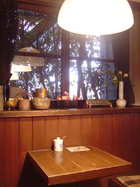 第二次取暖的溫馨咖啡店