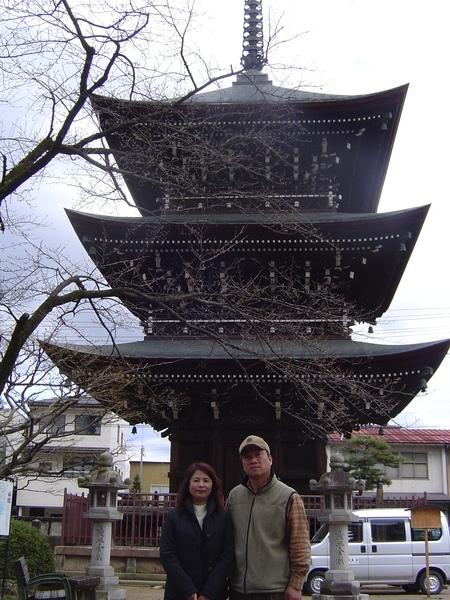 國分寺裡的三重塔