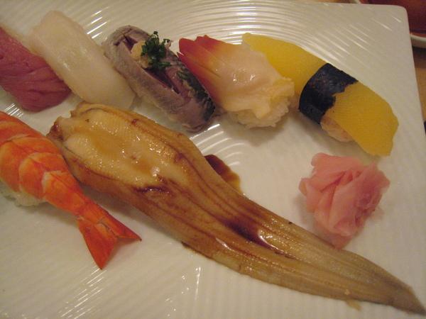 壽司清的壽司套餐之右半部分