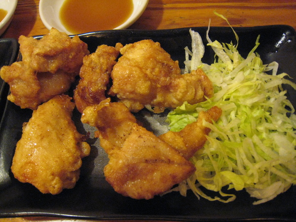 車站伊勢丹拉麵小路的名古屋土雞雞塊