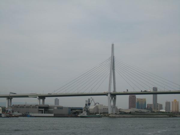 聖瑪利亞號的大阪港視野之一