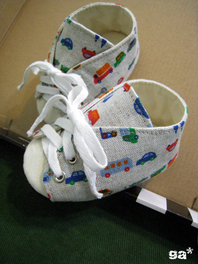 baby帆布鞋02.jpg