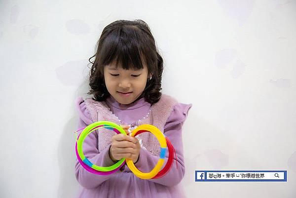 da Vinci 3D Pen Cool-兒童-3D魔法列印筆提供豐富顏色的環保無毒線材