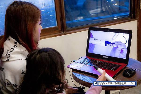 """3D Pen Cool-3D魔法列印筆,擁有豐富的免費線上教學課程, 讓小朋友也能自己玩"""