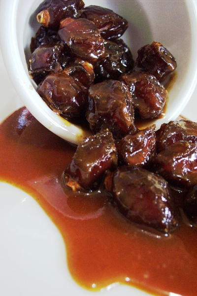 dates-with-toffee-sauce-4.jpg
