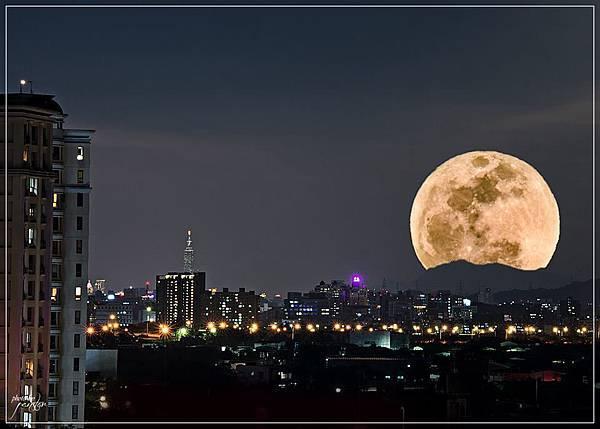 2018.農曆11.16月圓 潘文賢拍攝