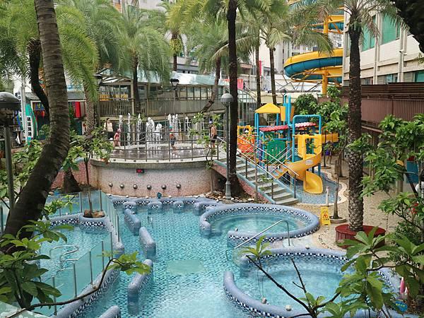 目前是全宜蘭最大溫泉水樂園!