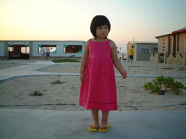 芳桂女兒於吉貝旅館01.jpg