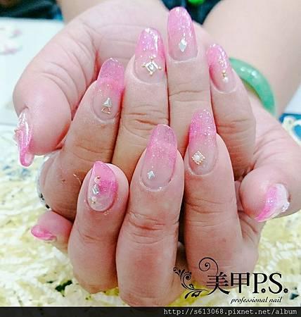 台中璀璨水晶指甲