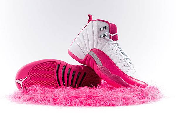 air-jordan-12-pink-white-2016-girls.jpg