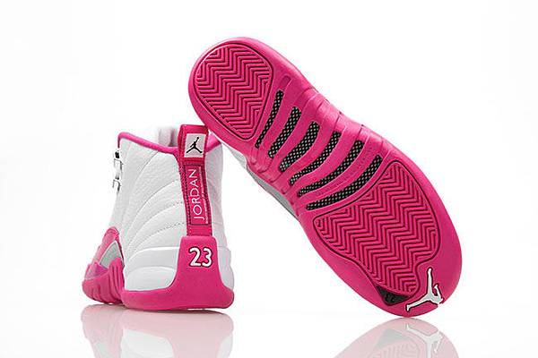 air-jordan-12-vivid-pink-girls-4.jpg