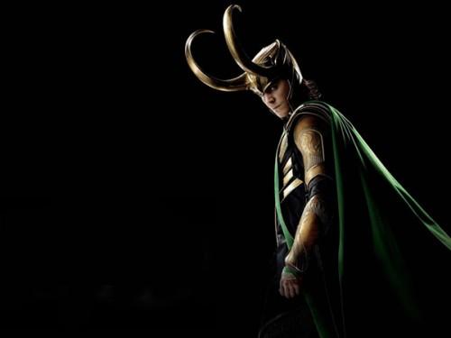復仇者聯盟-The-Avengers-洛基-loki-的陰謀-500x375