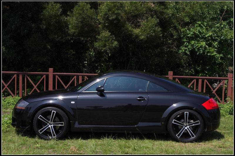 Audi12