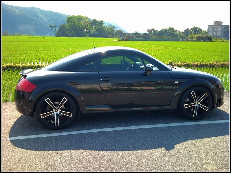 Audi05