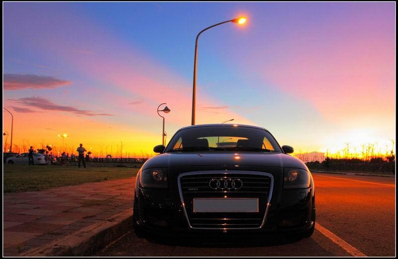Audi23