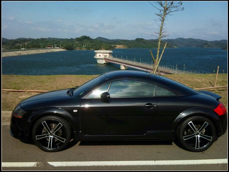 Audi32