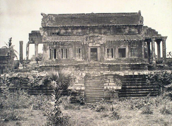 Angkor Vat. Edifices dans l'intérieur
