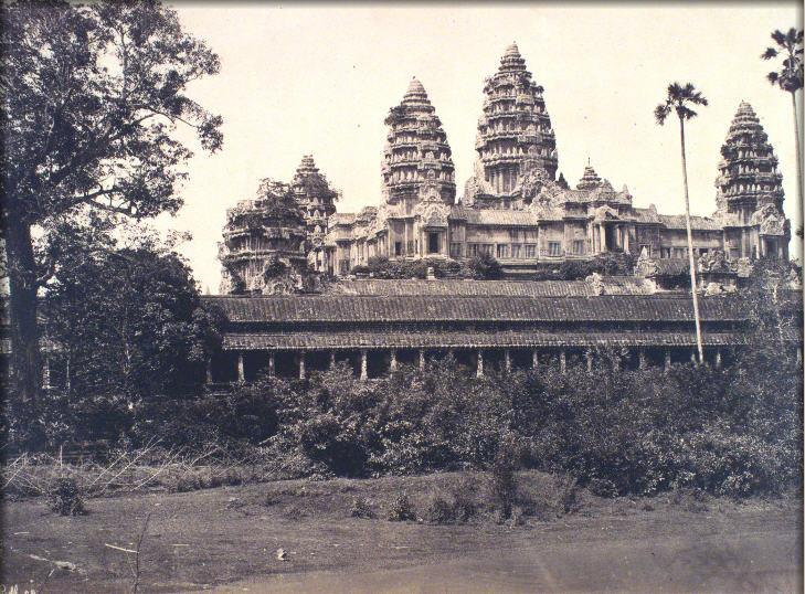 Angkor Vat. Facade sud