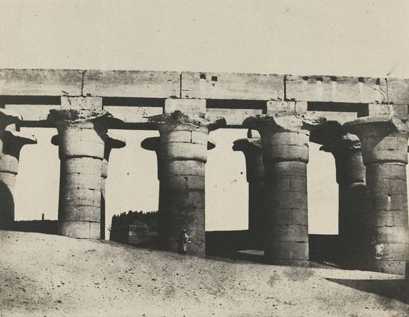 Thèbe. Louqsor, grande colonnade du palais, 1850