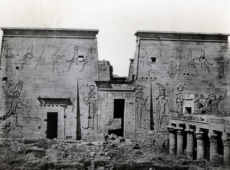 Nubie. Grand Temple d'Isis, à Philœ, dromos et pylones, 1850