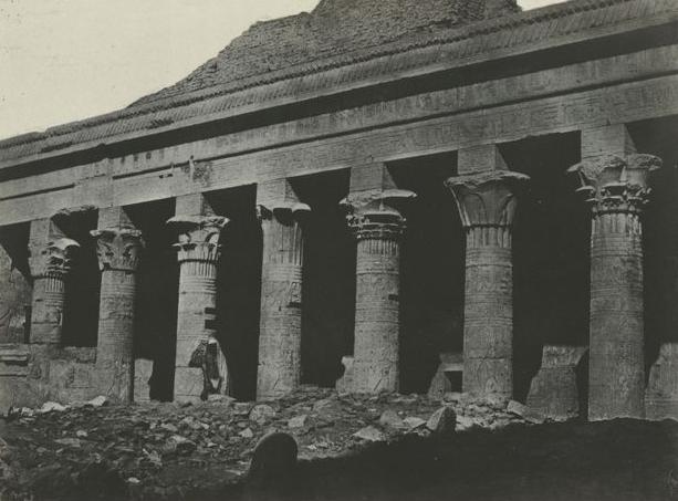 Nubie. Grand Temple d'Isis, a Philœ, galerie orientale, 1852