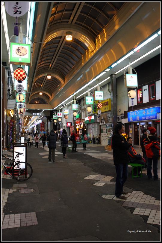 狸小路商店街(Tanukikoji Shopping Arcade)01