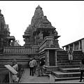 卡鳩拉荷性廟(Khajuraho Group of Monuments)01