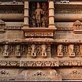 卡鳩拉荷性廟(Khajuraho Group of Monuments)03