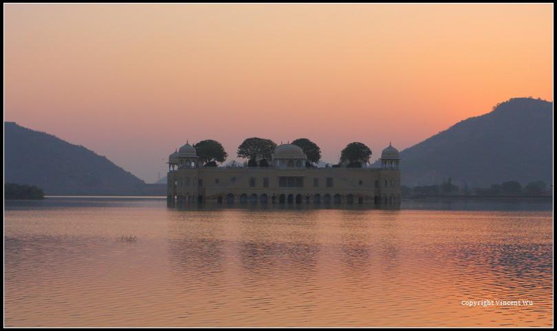 水之宫殿(Jal Mahal)