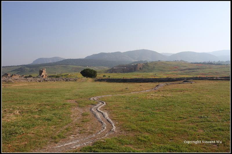 希拉波里斯古城(HIERAPOLIS ÖRENYERİ/HIERAPOLIS ARCHAEOLOGICAL SITE)01