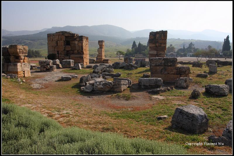 希拉波里斯古城(HIERAPOLIS ÖRENYERİ/HIERAPOLIS ARCHAEOLOGICAL SITE)03